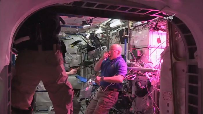 Светодиоды в космосе